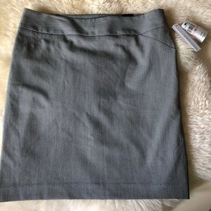 Amanda + Chelsea NWT black/white pencil skirt